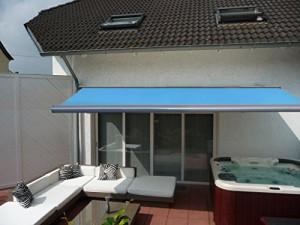Prime-Tech-Elektrische-Kassettenmarkise-Gelenkarm-Markise-450-x-300-cm-Gehuse-anthrazit-grau-Tuch-hell-blau-583-0